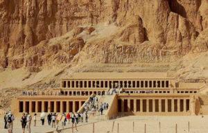 Karnaku